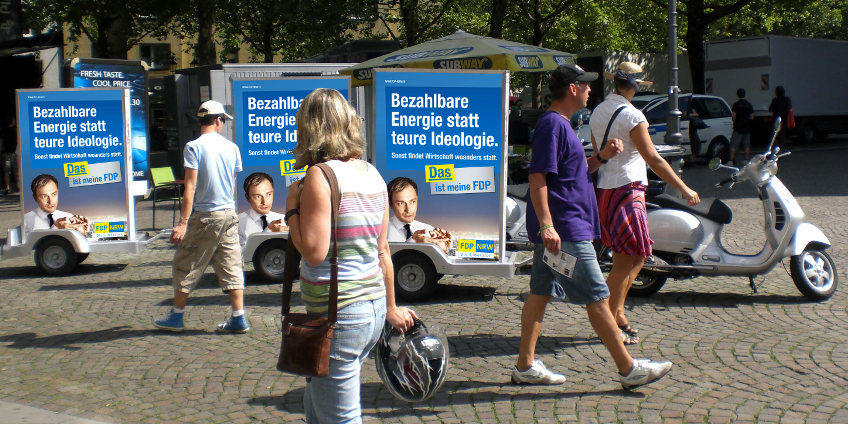Auch Parteien nutzen crossmediale Werbekampagnen - Out-of-Home, Online- und Event-Marketing